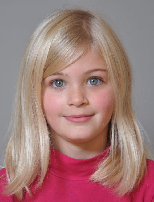 Lizzie S.