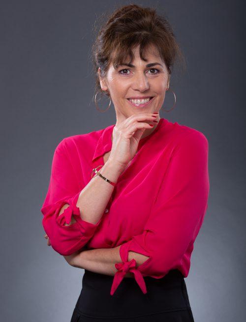 Claudie R.